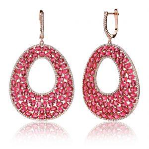 Boucles d'oreilles en argent 925/1000 doré rose, serties de cubics zirconiums rouges-rosé.