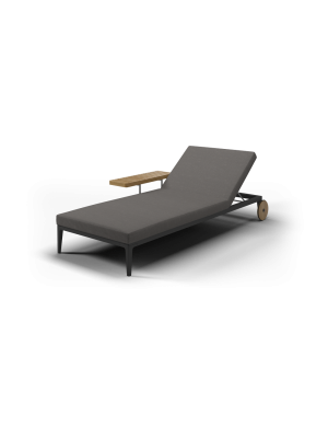 Gloster Grid Chaise Longue