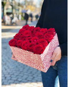 boîte de roses rouges