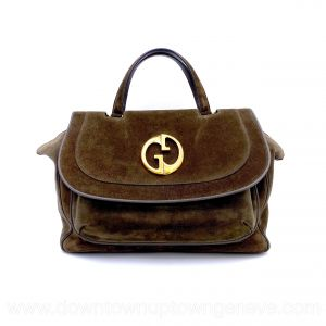 Gucci top handle MM bag in khaki suede