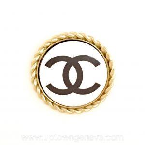 Chanel brooch on goldtone metal