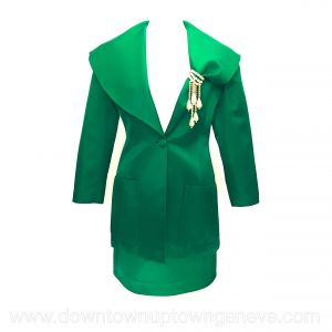 Angelo Tarlazzi evening skirt suit in emerald green with faux pearl brooch