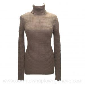 M Missoni turtleneck pull in beige wool blend knit