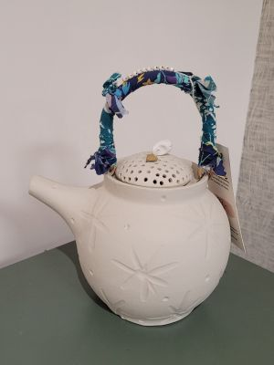Théière blanc en céramique