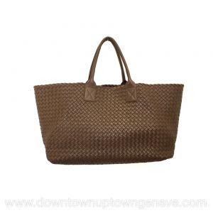 Bottega Veneta GM cabat in intrecciato nappa in brown leather