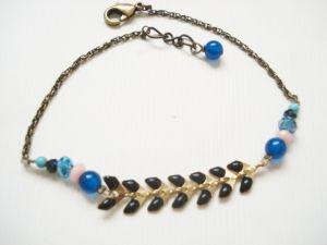 Bracelet pierres semi-précieuses et chaine émaillée