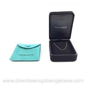Tiffanys & Co necklace in 18K fine gold